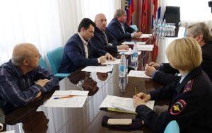 Депутаты поговорили о проблемах и перспективах деятельности народных дружин