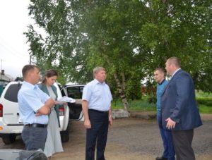 Очередной осмотр дорог по обращениям граждан к председателю Думы Анатолию Баделю