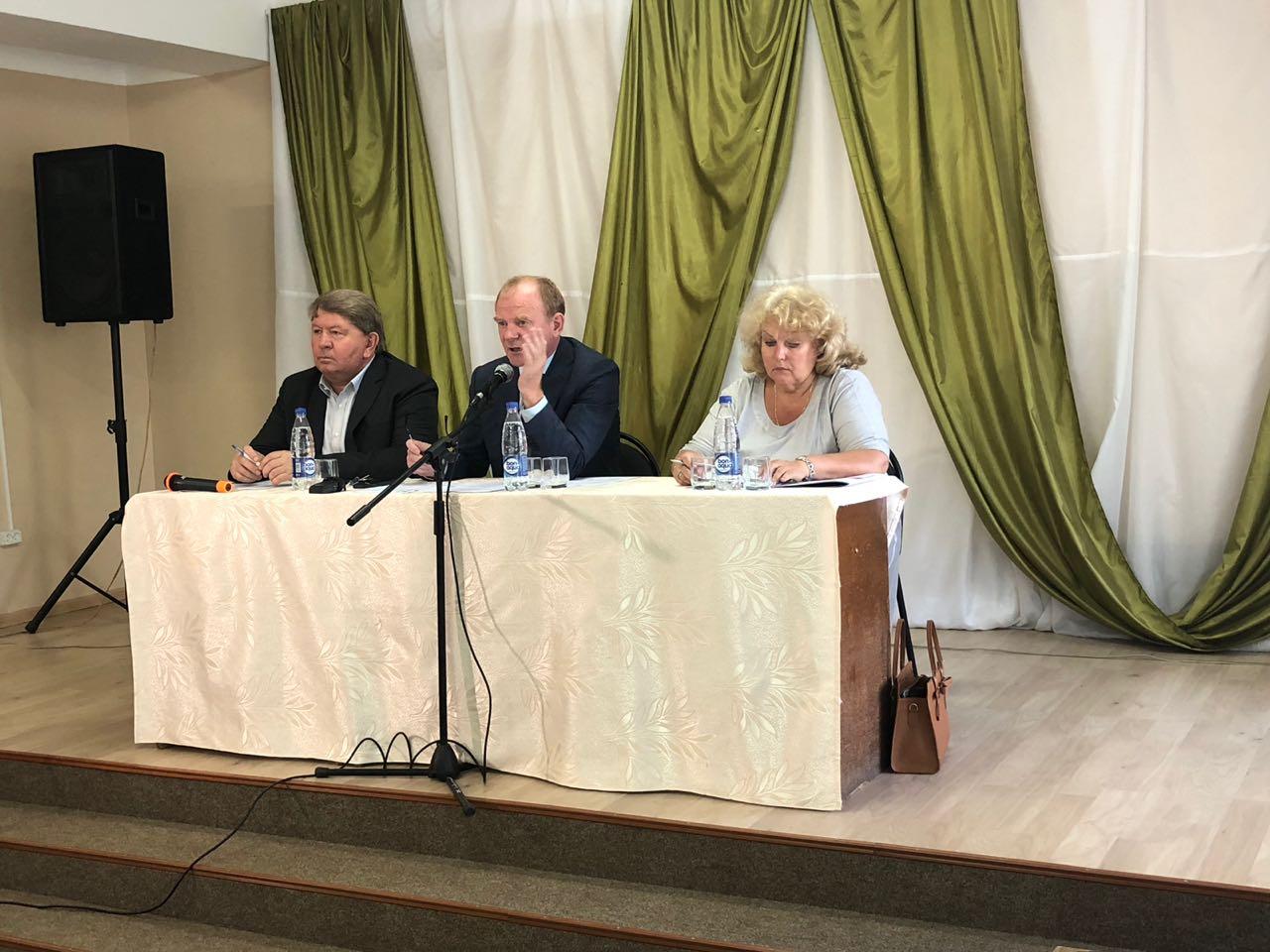 Председатель Думы и депутаты от территории приняли участие во встрече главы Артемовского городского округа с  жителями Заводского