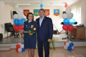 Председатель Думы Анатолий Бадель поздравил сотрудников колонии № 20 с 60-летием