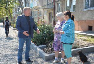 Диалог с жителями дома Ватутина 16 продолжается