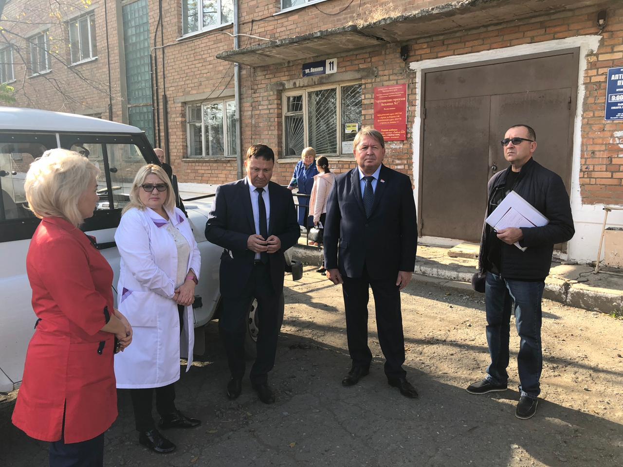Обсуждение вопросов медицинского обслуживания жителей посёлка Заводской во 2 Артемовской городской больнице.