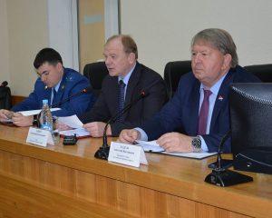 Заседание Думы г.Артема с участием главы округа Александра Авдеева и прокурора города Павла Гричановского