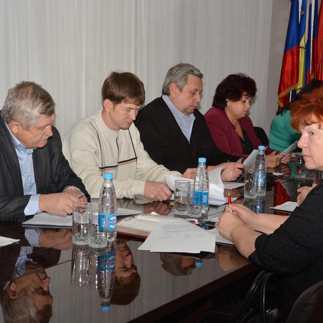 Депутаты отчитаются о своей деятельности на избирательных округах.