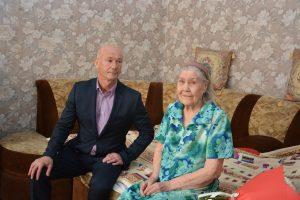 Поздравление Масловой Евдокии Дмитриевны с 90-летним юбилеем.