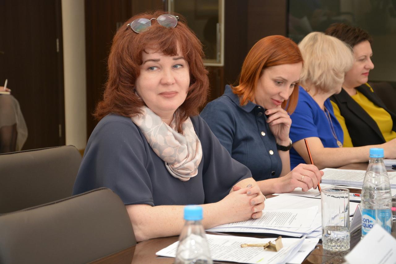 Заседание по вопросам социальной политики и делам молодежи