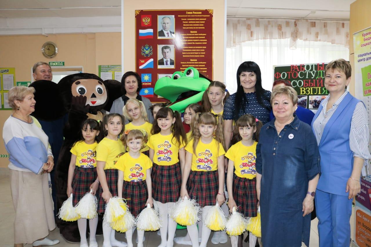 Зарина Фардзинова приняла участие в праздничном мероприятии, посвященном «Дню семьи».