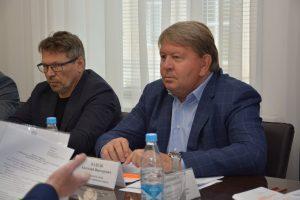 Депутаты рассмотрели вопросы:»наказы избирателей», повестку дня очередного заседания Думы, текущие проблемы и результаты работы.