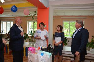 В преддверии Дня защиты детей посетили «Дом малютки» в поселке Заводской.