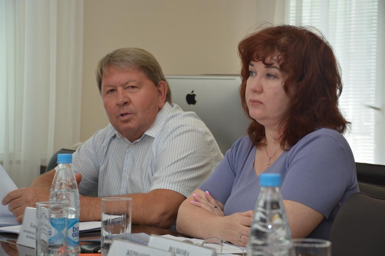 Заседание постоянной комиссии Думы Артёмовского городского округа по вопросам законности и защиты прав граждан.