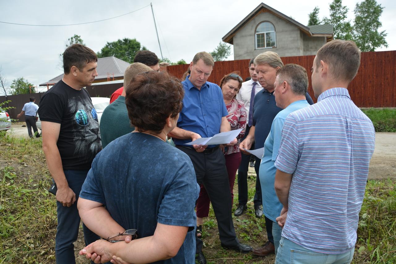 Председатель Думы выехал на встречу с жителями мкр Глобус, а именно снт Яголка-1 и Клён.