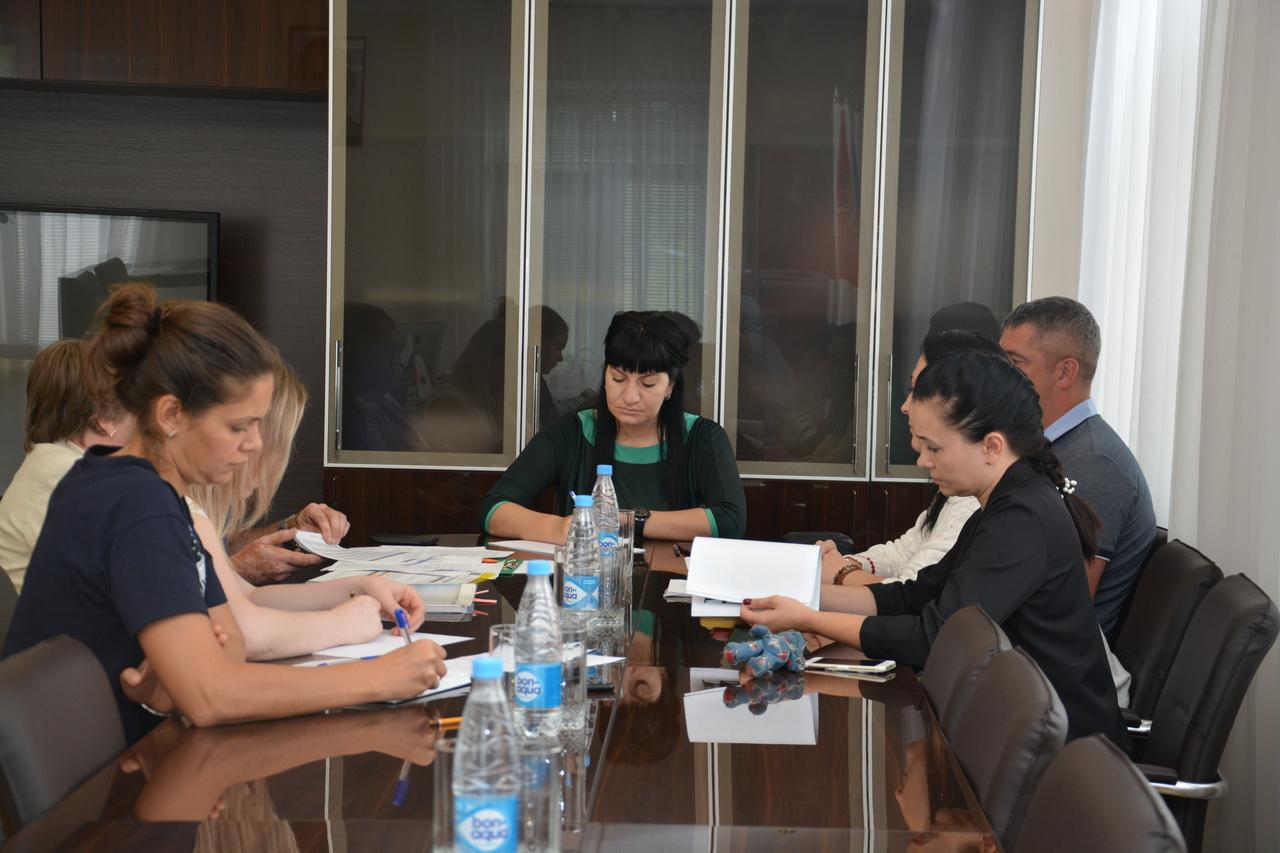 Народные избранники разбирают вопросы, связанные с взаимодействием управляющей компании и жильцов.