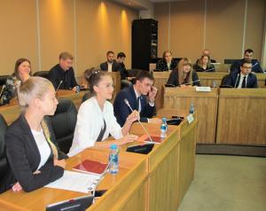 На проектных площадках молодежной парламентской ассамблеи обсуждают проблемы, волнующие молодежь Приморья