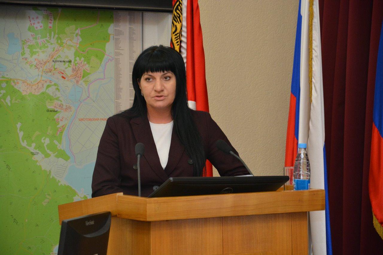 Заседание Думы Артёмовского городского округа, на котором было рассмотрено №15 основных вопросов и №1 дополнительный вопрос.