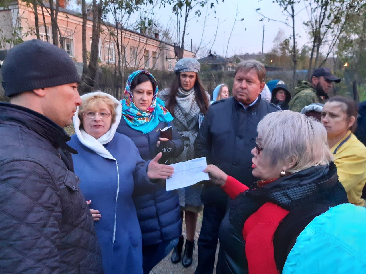 Вторая встреча с жителями домов барачного типа по ул.Куйбышева и ул.Горького состоялась 8 октября 2019 года.