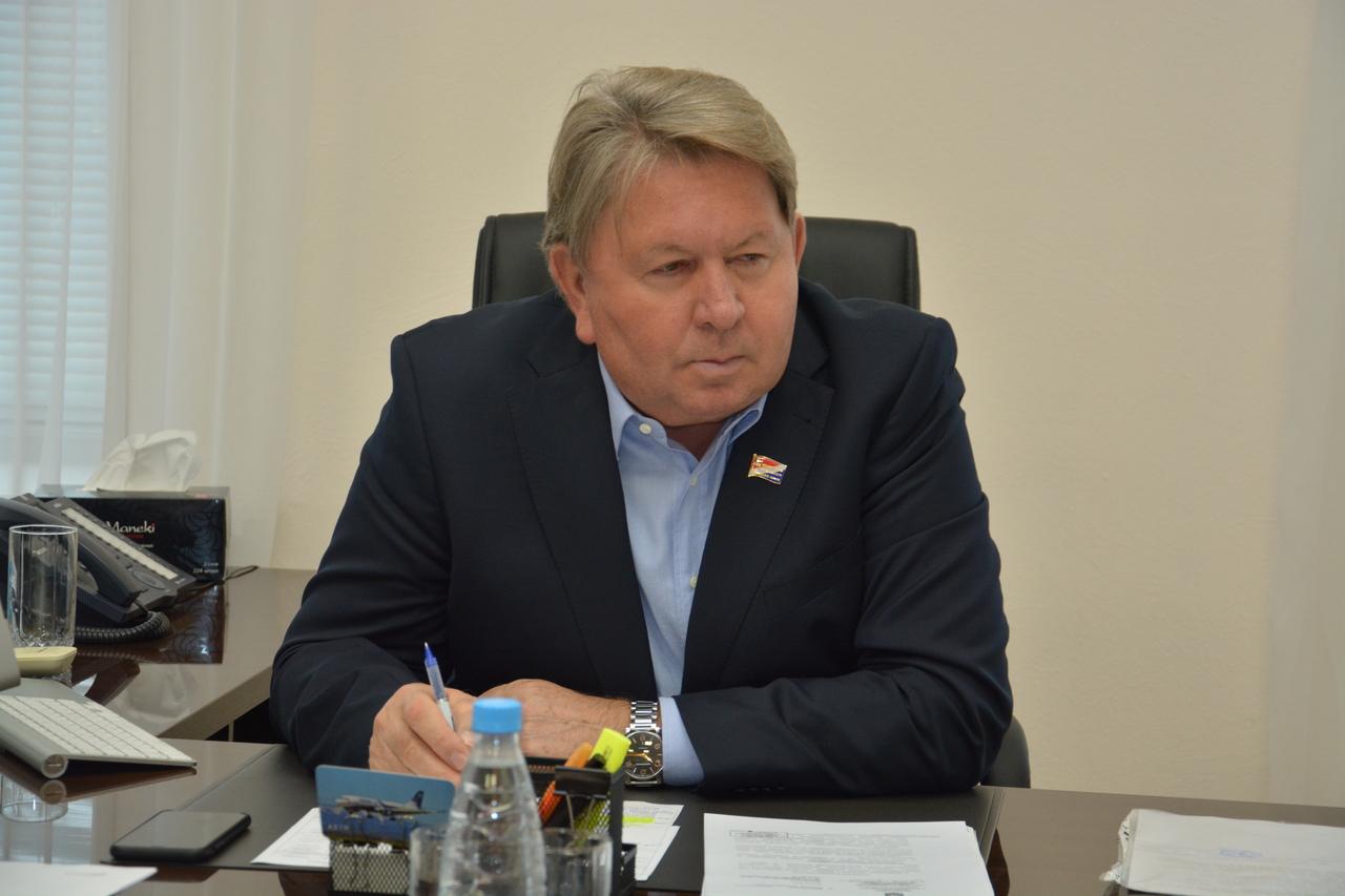 Для жителей п.Угловое состоялся прием по личным вопросам.