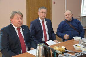 Встреча с жителями микрорайона шахты «Амурская» в рамках партийного приема.