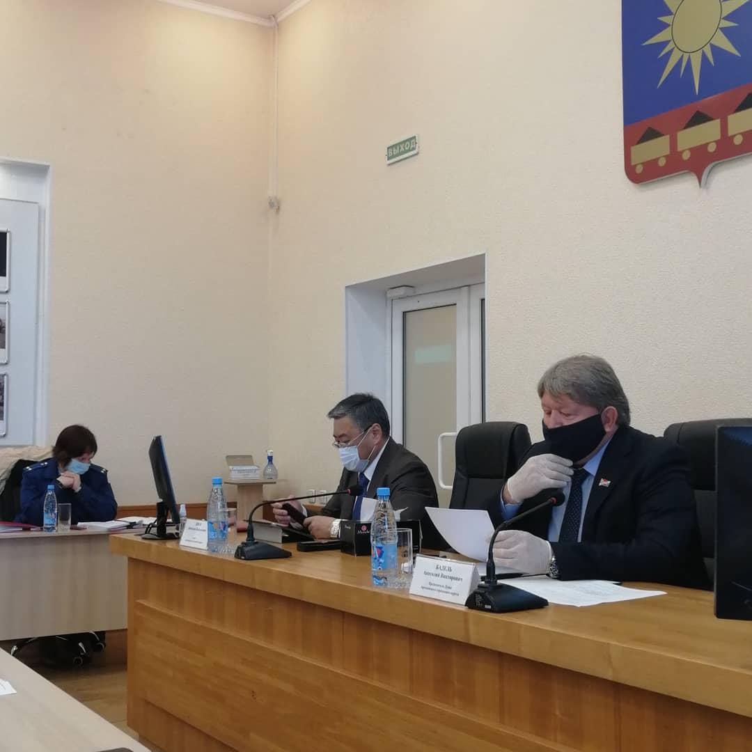 На прошедшем сегодня очередном заседании Думы депутаты рассмотрели отчет об исполнении бюджета за 1 квартал текущего год