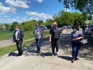 Актив жителей ул. Херсонская, 23 обратились к своему депутату Писаренко А. А. с рядом вопросов, которые не решаются уже несколько лет.