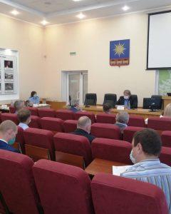 23 вопроса на совместном заседании постоянных комиссий рассмотрели депутаты Думы АГО сегодня.