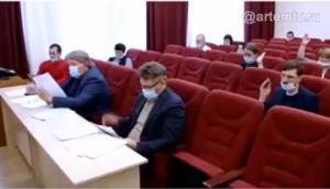 Обсуждение кандидатур, представленных комиссии руководителями отраслевых органов администрации
