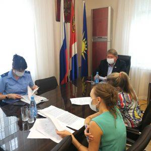 Проекты решений Думы АГО о сходе граждан и сельских старостах Артемовского городского округа рассмотрели сегодня