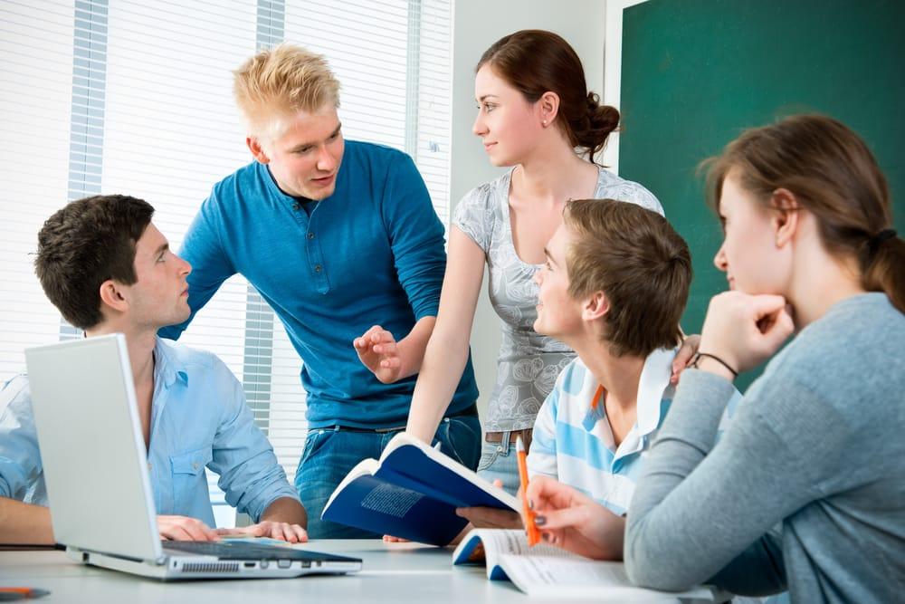 Формируем новую команду Молодёжного парламента при Думе АГО