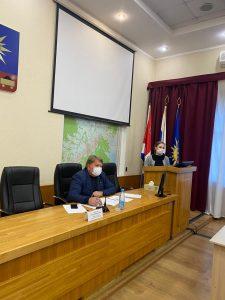 Вопросы внесения изменений в Устав округа и в Правила благоустройства обсудили с жителями депутаты Думы АГО