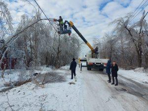 Аварийно-восстановительные работы после удара стихии продолжаются почти круглосуточно