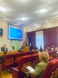 На совместном заседании постоянных комиссий Думы АГО 14 декабря депутаты рассмотрели следующие проекты решений