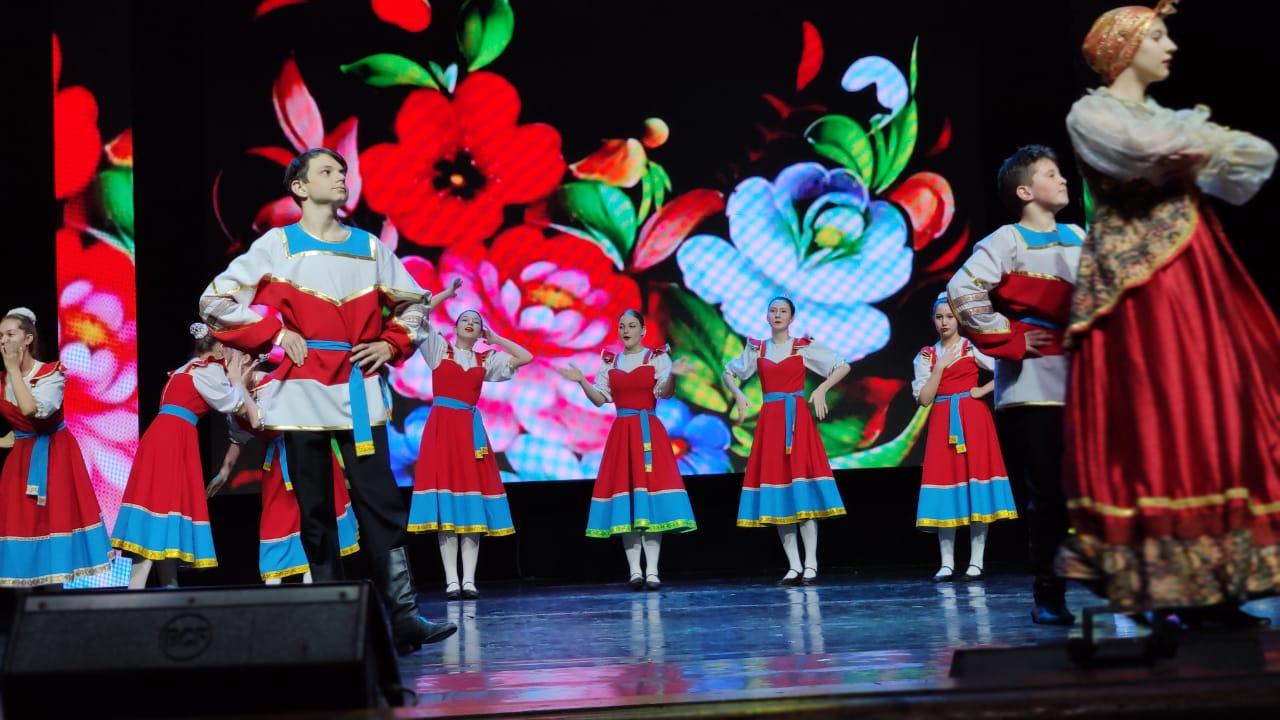 Торжественное собрание и большой праздничный концерт в канун Международного женского дня