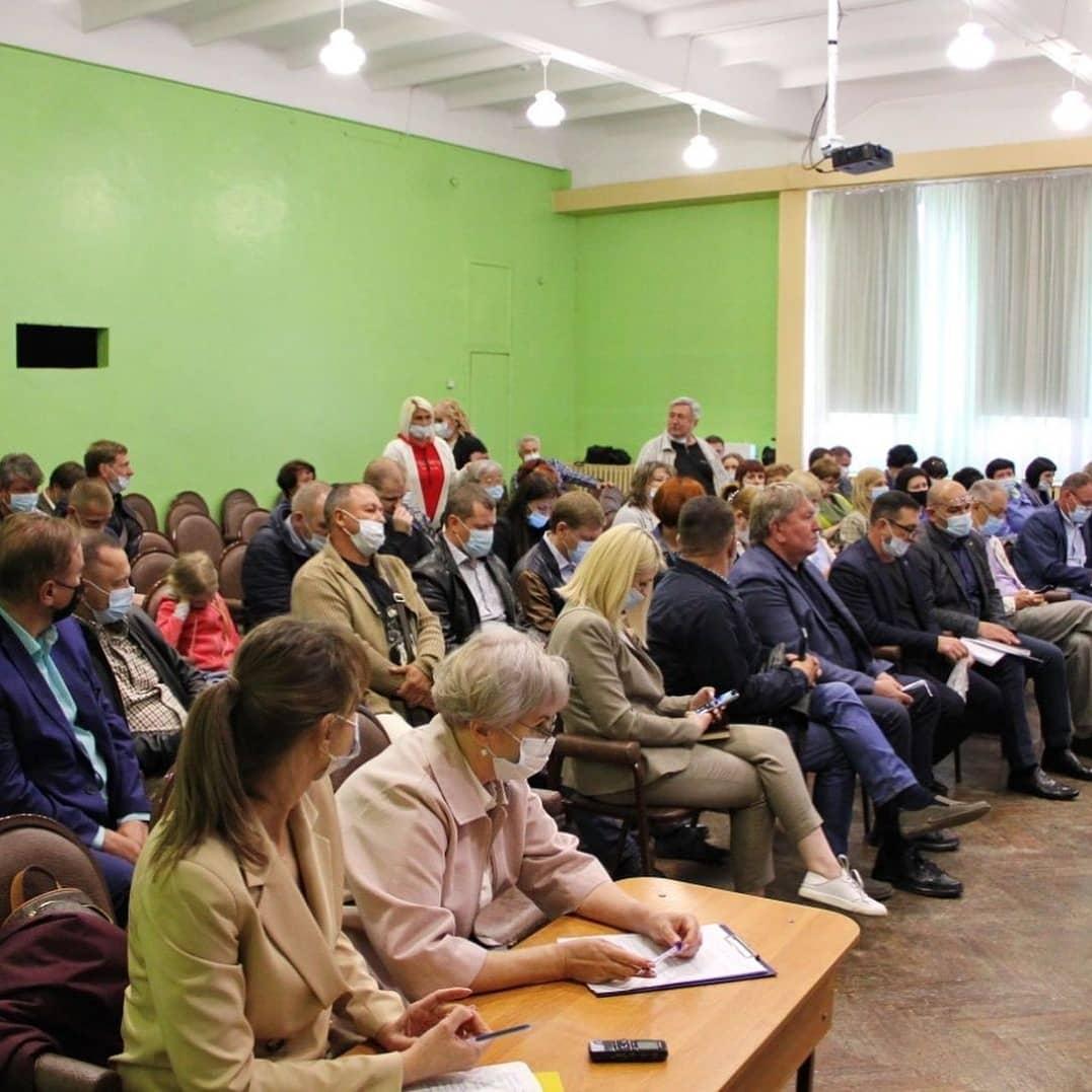 31 мая состоялась  встреча главы округа Вячеслава Квона с жителями микрорайона ФБТ (Бабушкина).