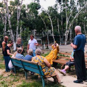 29 июля жители ул. Уссурийская, 27 встретились со своим депутатом Дерябиным Александром.